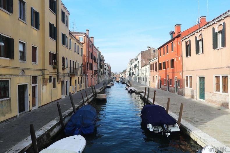 Венецийн суваг