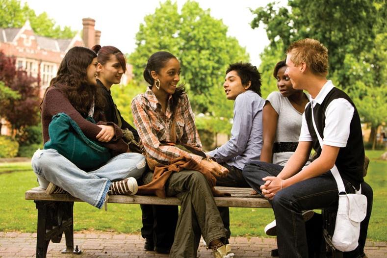 Дундаж дүнтэй оюутнууд яагаад илүү амжилттай байдаг вэ?