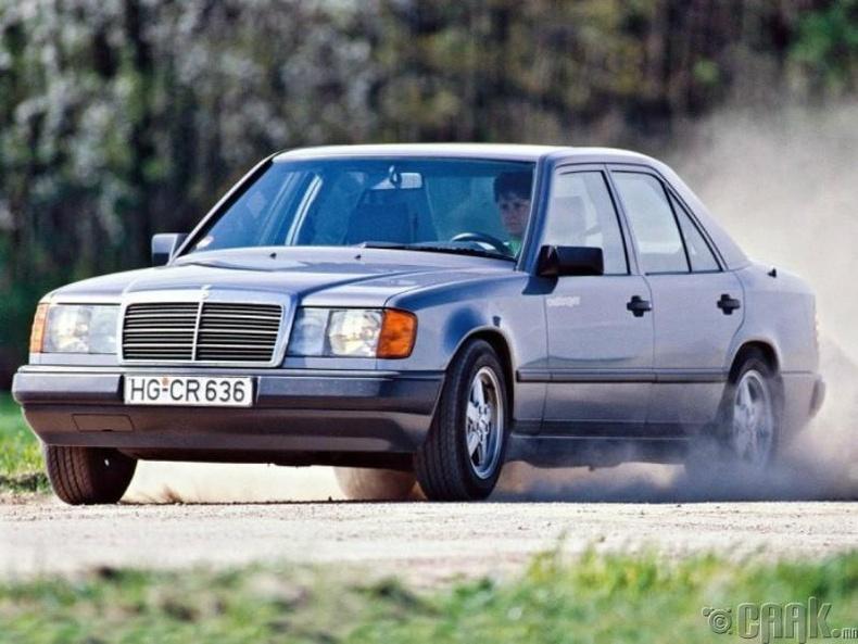 """""""Mercedes-Benz W124"""""""