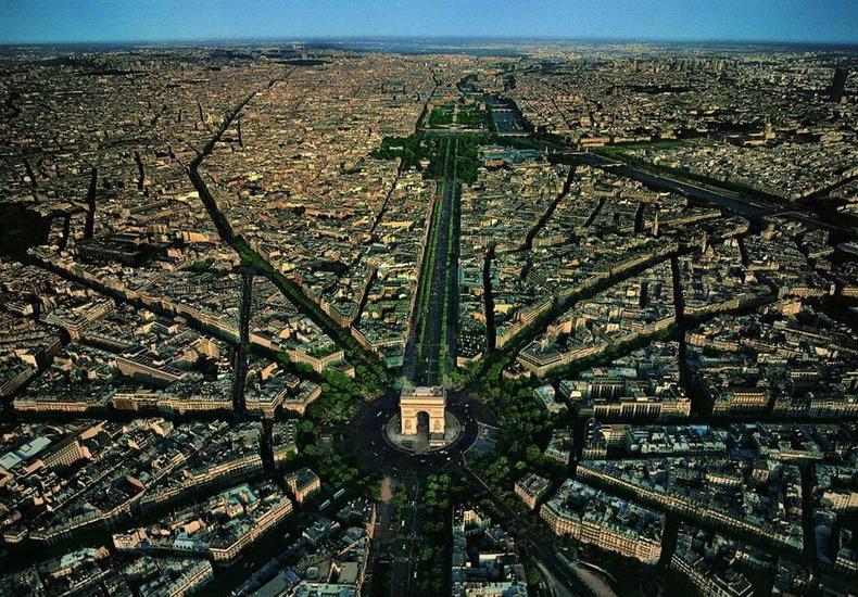 Шарль де Голлын талбай - Парис