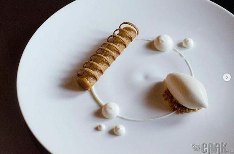Моласс, нимбэг, зайрмагтай бялуу