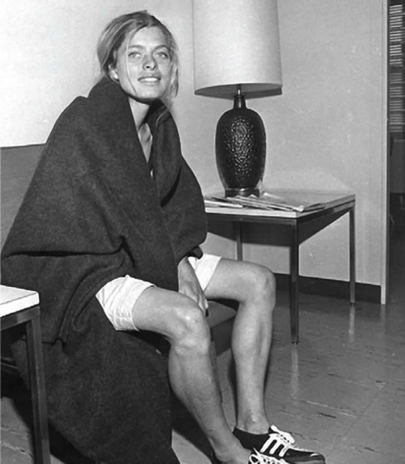 Эмэгтэй гэсэн шалтгаанаар Бостоны марафоноос хасагдсан охин, 1966
