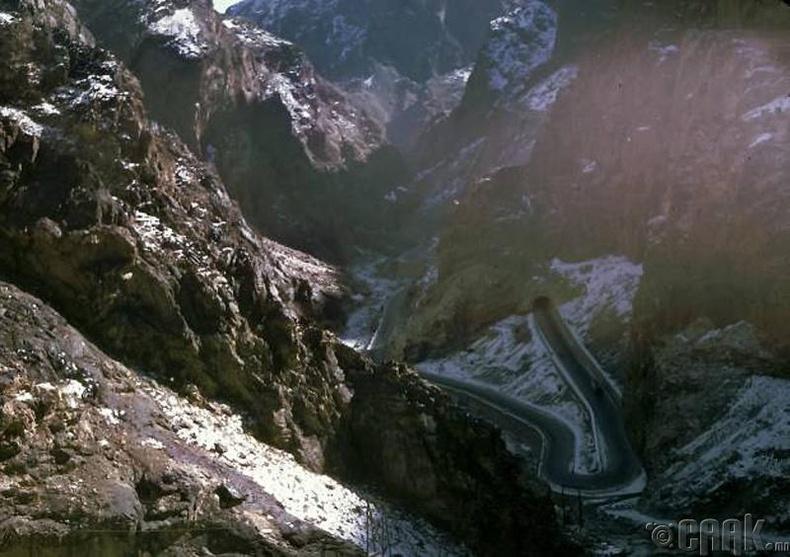 Кабулыг Жалалабадтай холбодог Кабулын хавцал (Tang-i-Gharoo)