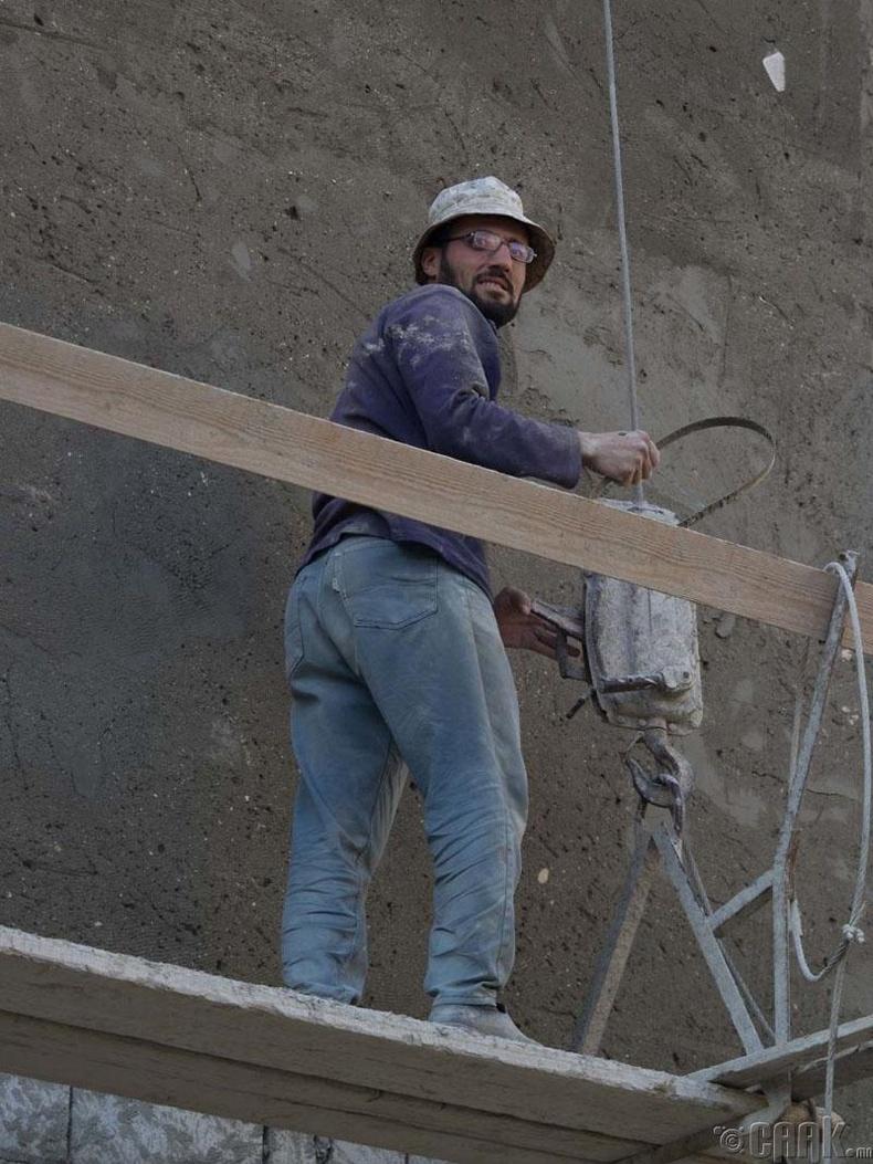 Дахин барилгын ажлууд ч эхэлсэн