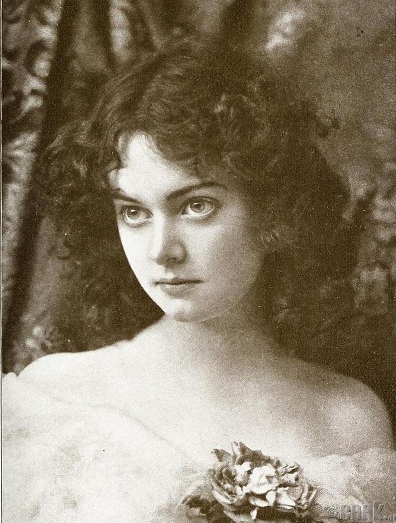 Жүжигчин Мини Эшли (Minnie Ashley) - 1896 он