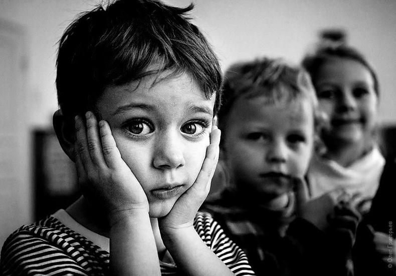 Дэлхий дээр нийт 210 гаруй сая хүүхэд эцэг, эхийн хайр халамжийг мэдэрч чадалгүй өсөж байна.
