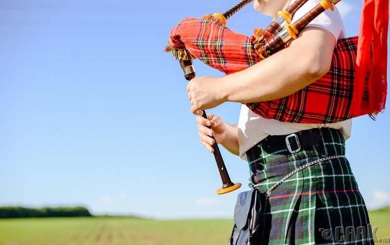 Шотланд хүнийг алахыг зөвшөөрдөг
