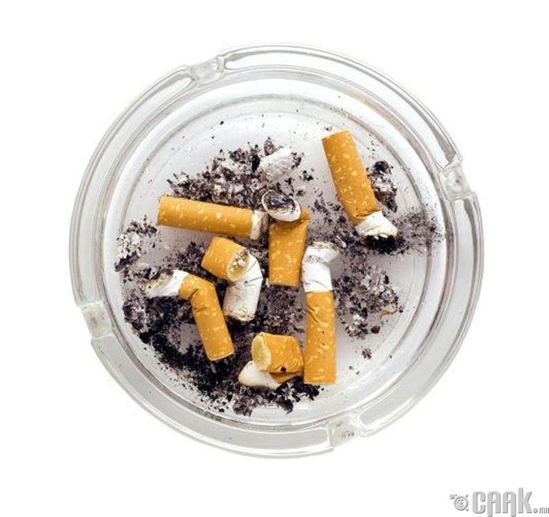 Хүүхэд тамхи татахыг хуулиар хориглодоггүй