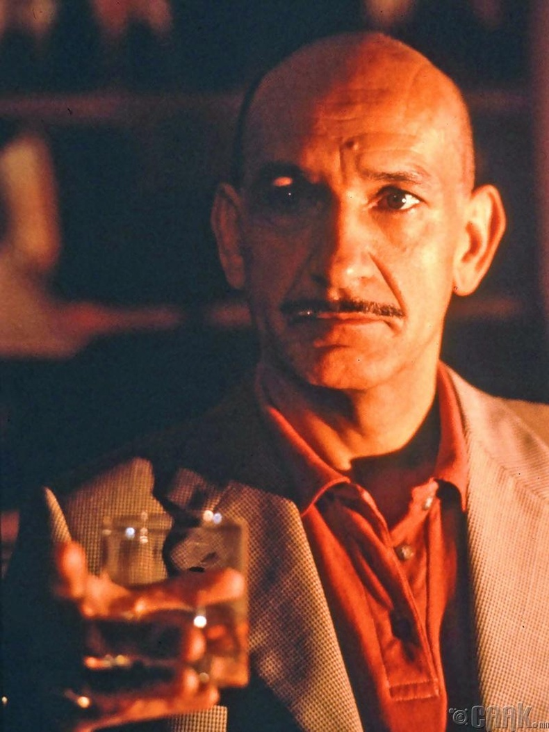 """Чили дэх фашист дэглэмийг дэмжигч Роберто Миранда -  """"Death and the Maiden"""" (1994)"""