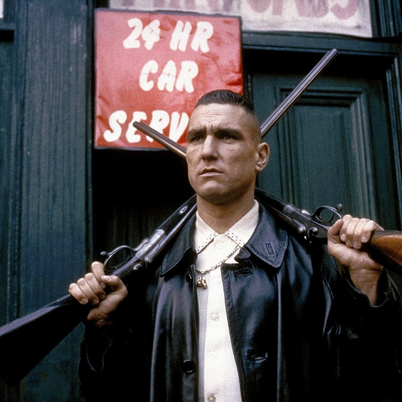 Винни Жонс (Vinnie Jones) - Lock, Stock and Two Smoking Barrels (1998)