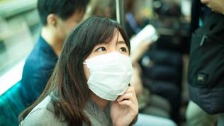 Япон, Солонгосчууд яагаад үргэлж амны хаалттай явдаг вэ?