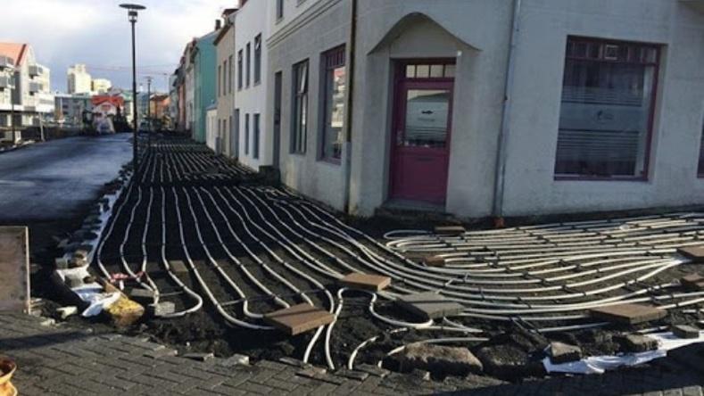 Исландчуудын ашигладаг зам халаах технологи
