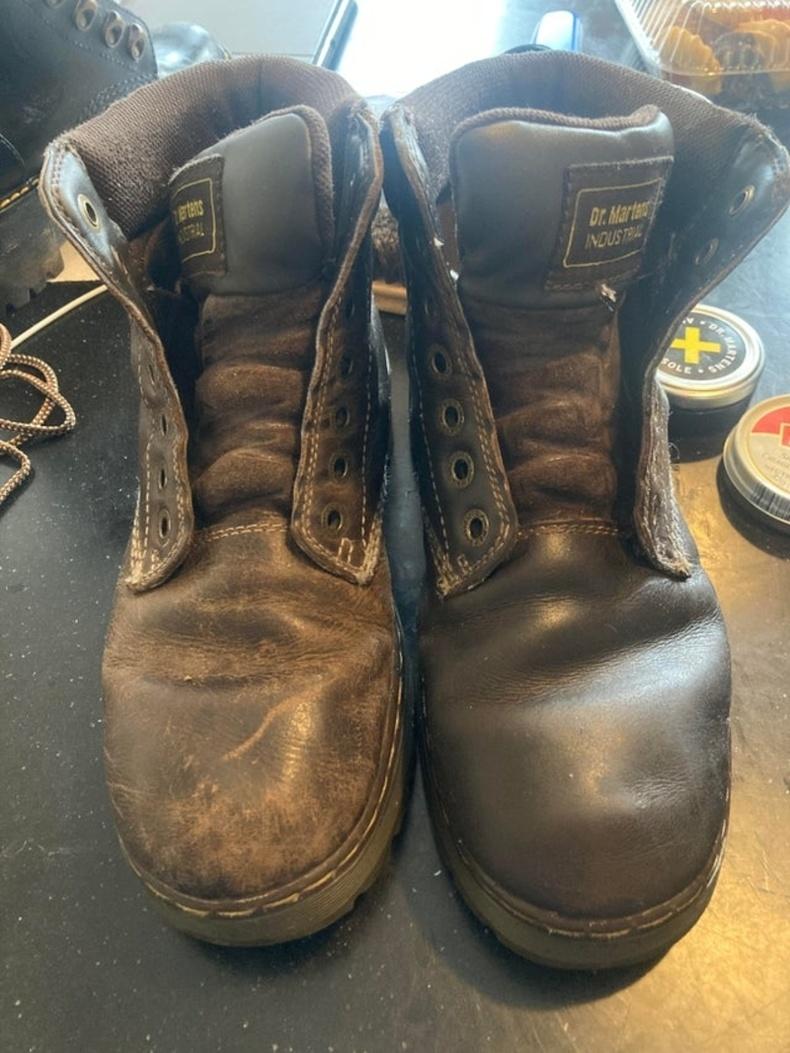 """""""Арьсан гутал маань яг л шинэ мэт болсон"""""""