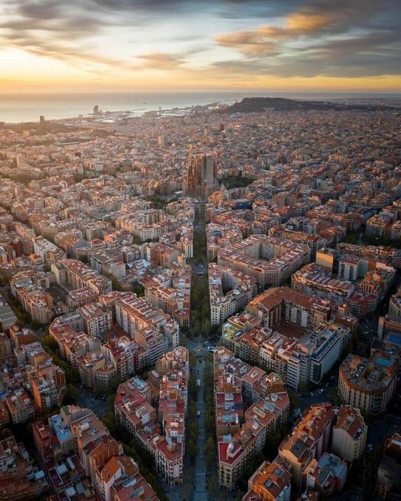Барселона, Испани