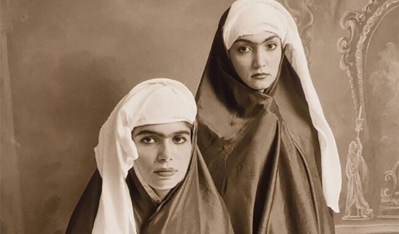 19-р зууны Иранд хамгийн үзэсгэлэнтэйд тооцогдох байсан бүсгүйчүүдийн хөрөг