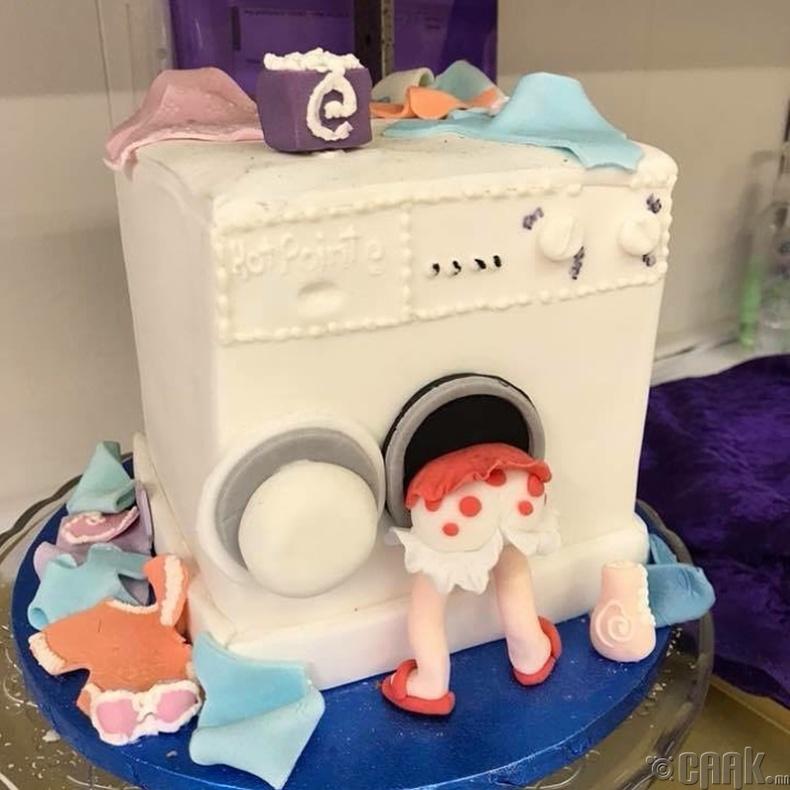 Охиноо дурсаж хийсэн бялуу
