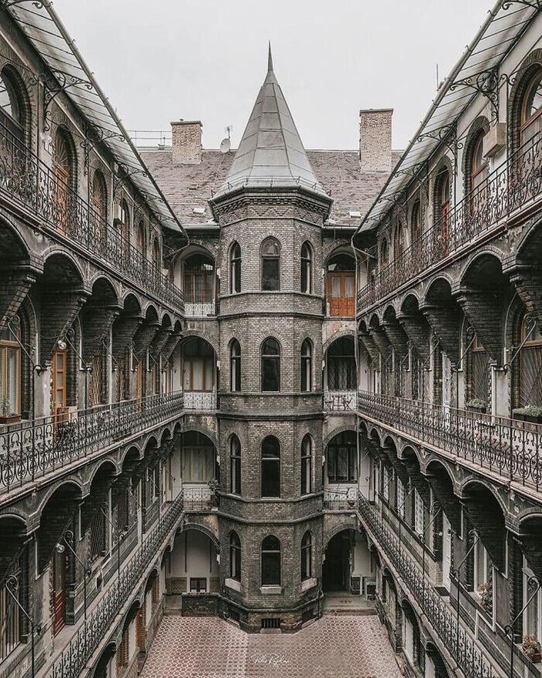 Будапештийн готик хэв маягийн барилгууд