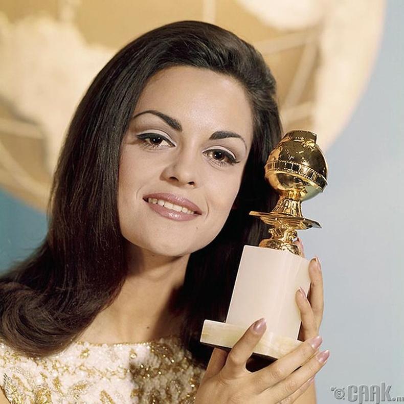 """""""Miss Universe-1964""""-ын ялагч: Грекийн гоо бүсгүй Коринна Цопей, 20 настай, 173 см өндөр."""