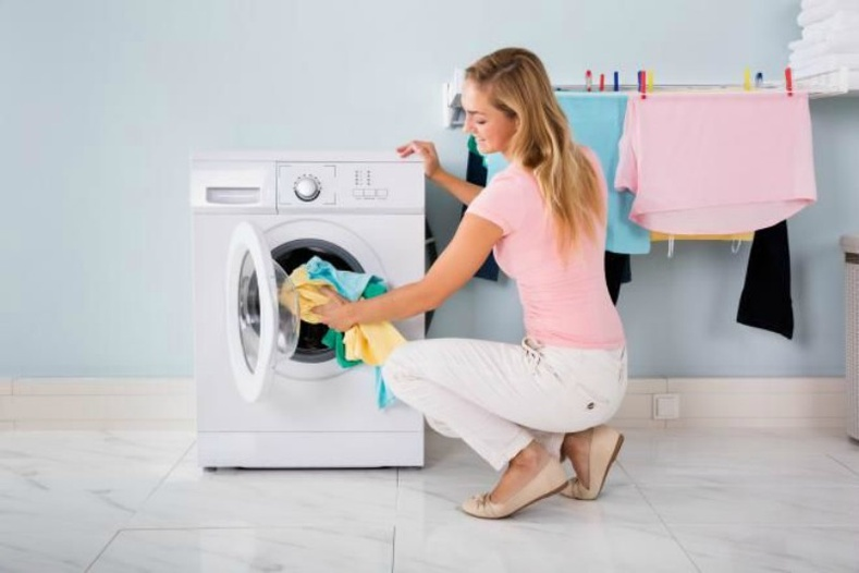 Зуны хувцаснуудаа угаах