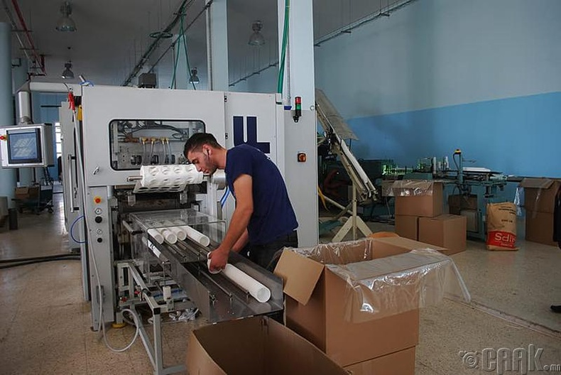 Хуванцар савны үйлдвэрийн ажилчин
