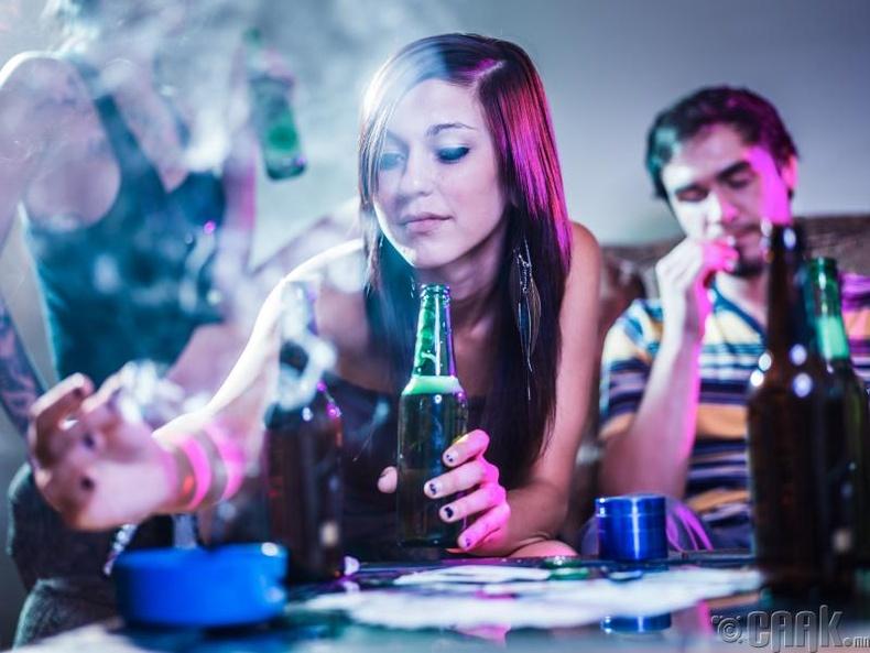 5. Мансууруулах бодис, согтууруулах ундаа хэтрүүлэн хэрэглэх