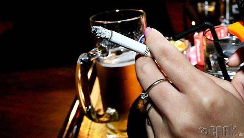 Хэр их хэмжээгээр согтууруулах ундаа болон тамхи хэрэглэдэг тухай