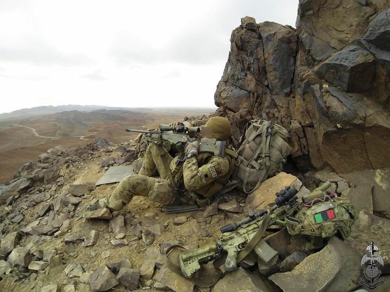 Италийн армийн мэргэн бууч Афганистанд