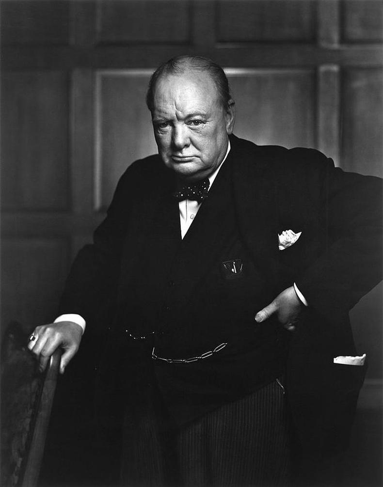 Британийн төрийн болон улс төрийн зүтгэлтэн, 40-50-аад оны үеийн Их Британийн Ерөнхий сайд асан, сэтгүүлч Уинстон Черчилль (Winston Churchill)