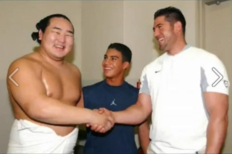Монгол бахархал - Их аварга