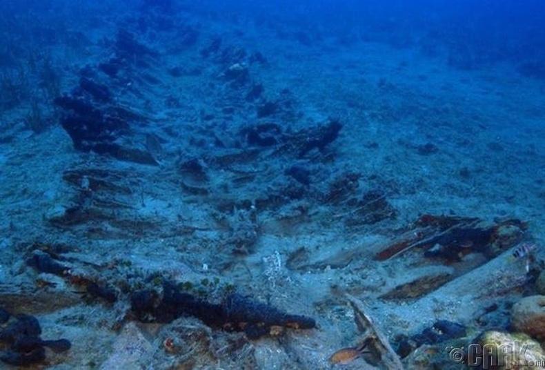 Эртний хөлөг онгоцнууд