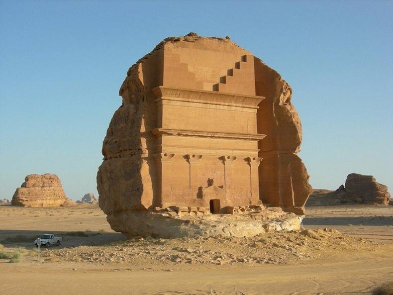 Өвөрмөц цайз, Саудын Араб