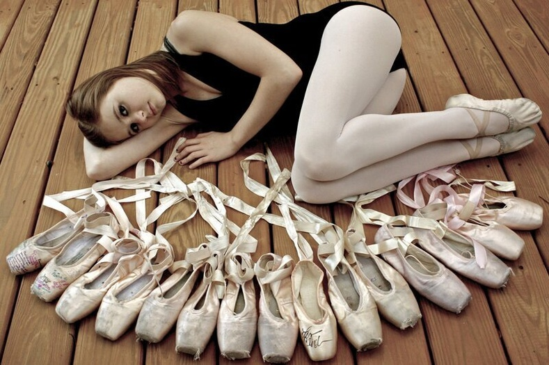 Балетчинд жилд ойролцоогоор хэдэн балетын гутал хэрэгтэй болдог вэ?