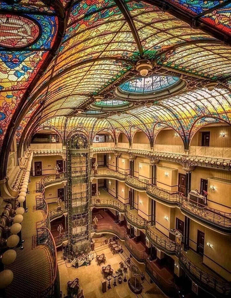 Францын архитектор Жак Груберын бүтээсэн Grand Hotel Ciudad De México, 1899 он.