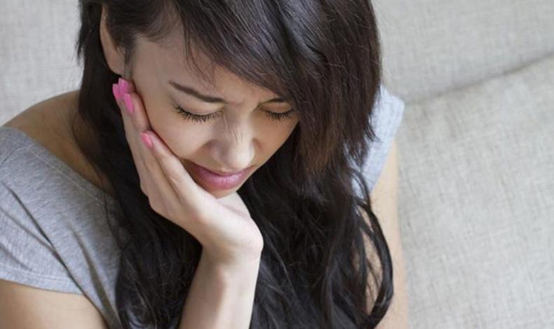 Шүдний өвдөлтийг гэрийн нөхцөлд намдаах шилдэг аргууд