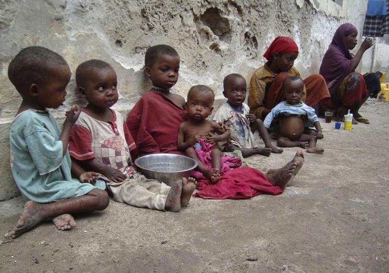 Хөгжил буурай орнуудын 805 сая иргэд өлсгөлөнд нэрвэгдсэний 98 хувь нь хүүхдүүд байна.