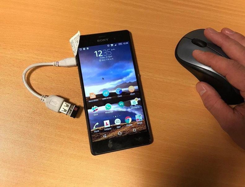 Утасны дэлгэцний мэдрэгч эвдэрсэн бол утсандаа USB хулгана залгаад удирдаж болж байна