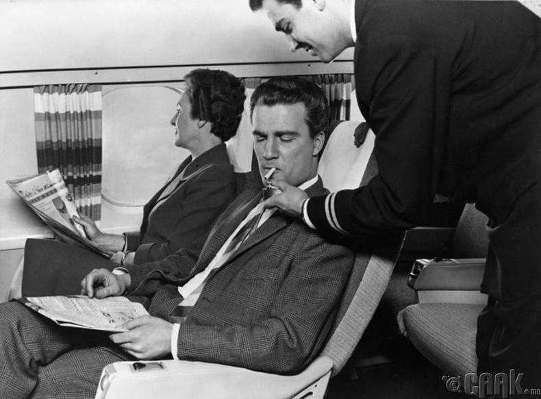 Онгоцонд тамхи татаж болдоггүйн учир