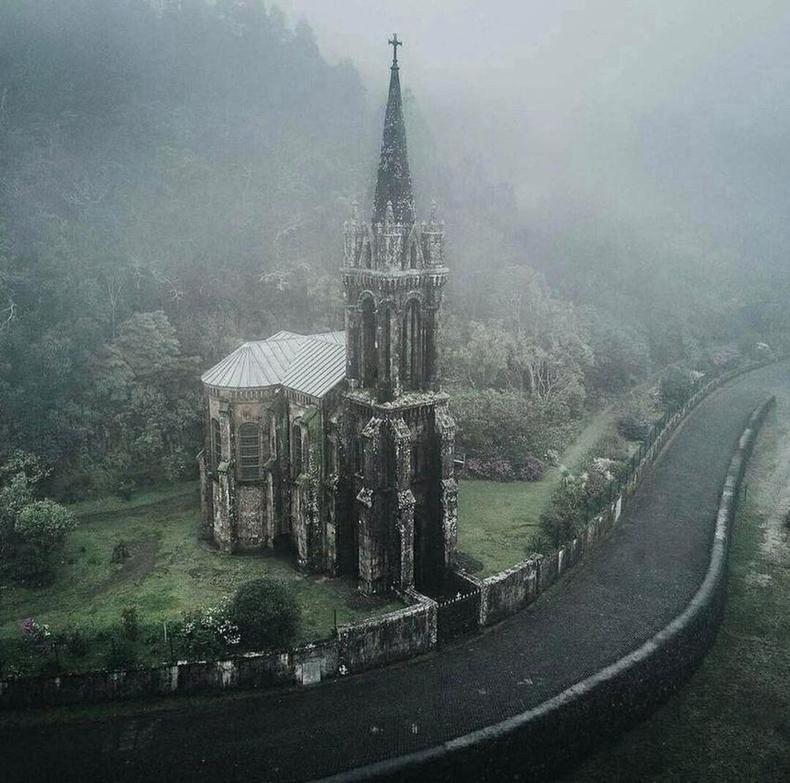 Португалийн готик сүм