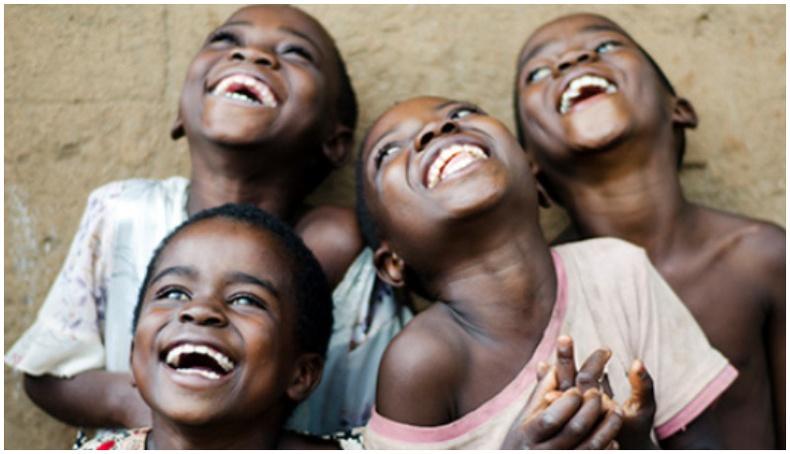 """Африкт тархсан """"Инээдэг өвчин""""-ийн нууц"""