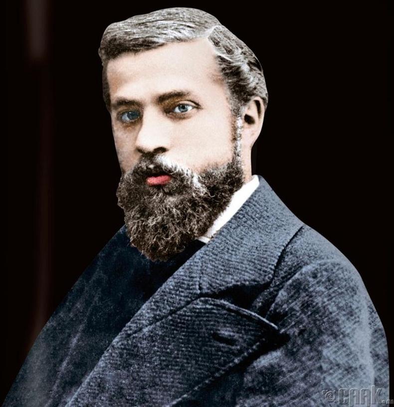 Антони Гауди (Antoni Gaudi)