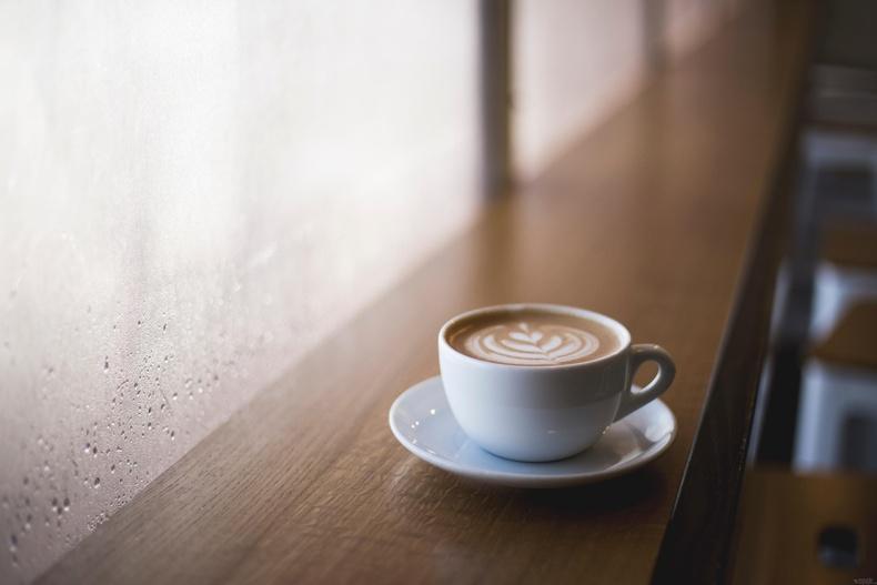 Бид бодохдоо: Кофеин целлюлит үүсгэнэ