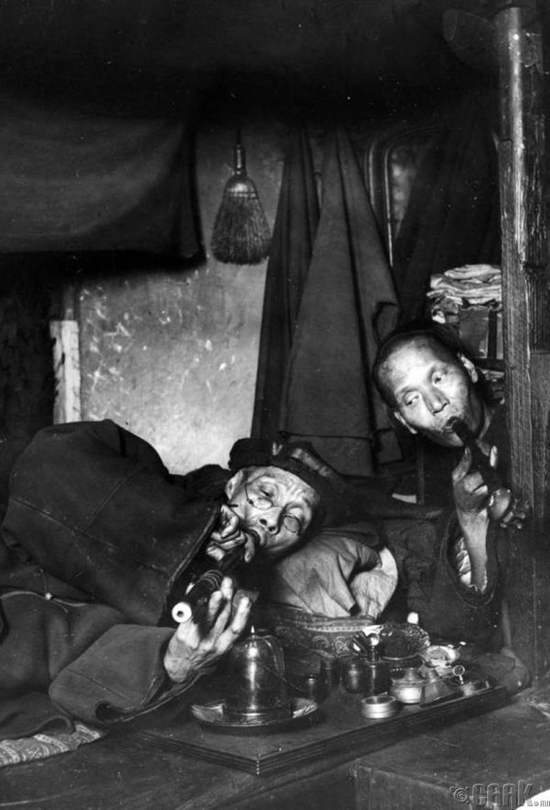 Мансуурч буй хоёр эр, 1909