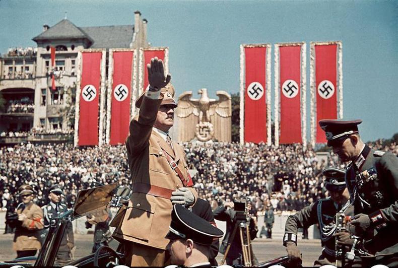 Адольф Гитлерийн цочирдом нууцууд
