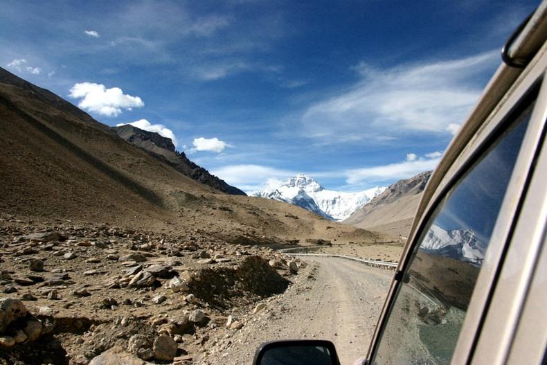 Түвдийн Эверест уул руу хүрэх зам