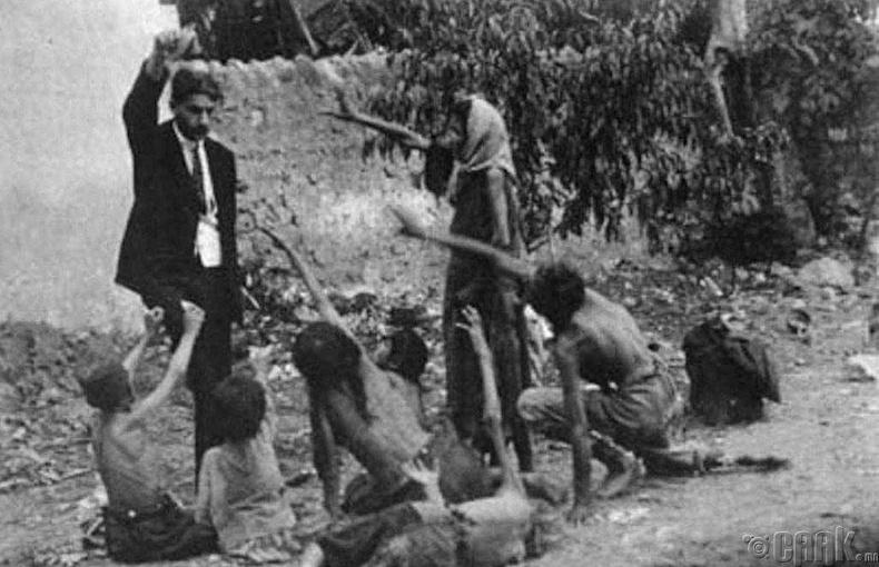 Армянчуудыг устгасан нь