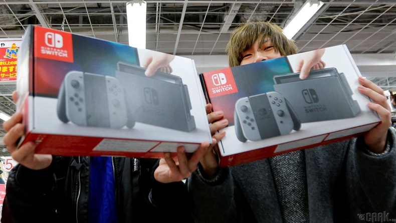 """Nintendo Switch"" (2017)"