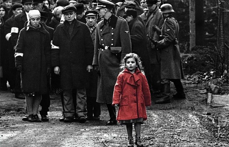 """Алдарт """"Шиндлерийн бүртгэл"""" кинон дээр гардаг улаан пальтотой охины жинхэнэ түүх"""