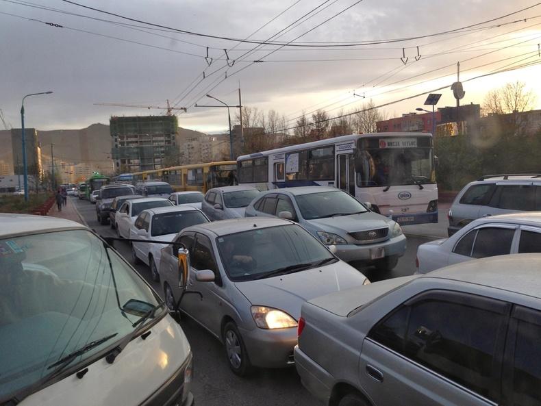 Улаанбаатар хотын тохижилт үнэхээр эмх замбараагүй /Жони/