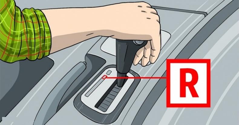 Эдгээр зүйлсийг машиндаа хэзээ ч битгий хийгээрэй!