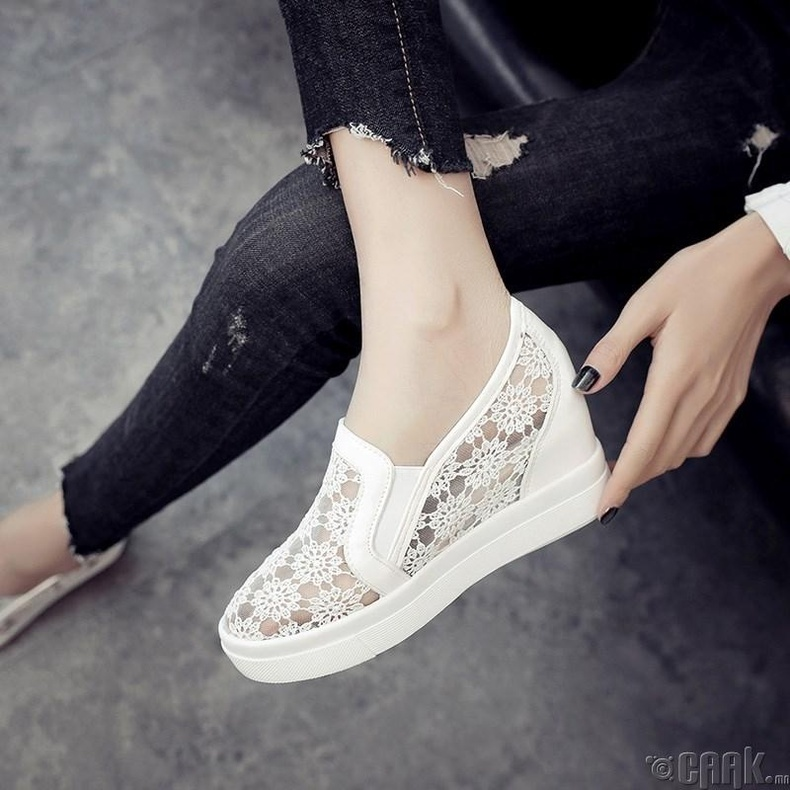 Торон материалтай гутлууд